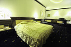 Dormitorio completo de matrimonio